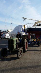 Unser treuer Helfer beim Boote Bewegen: Der Deutz Baujahr 1954